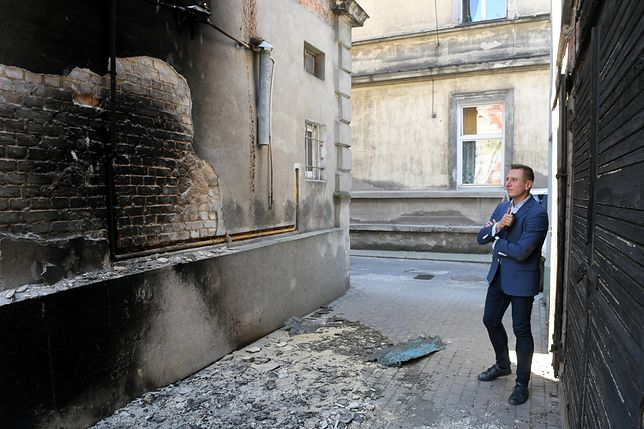 Podpalenie kamienicy posła Brejzy. Jest decyzja prokuratury