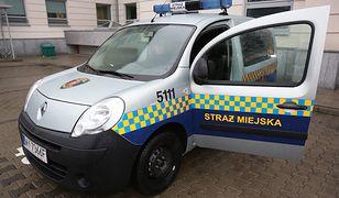 24-latek powiesił się w samochodzie straży miejskiej