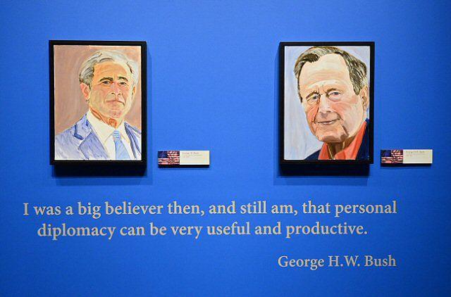 Angela Merkel oczami George'a W. Busha. Kto się obrazi?