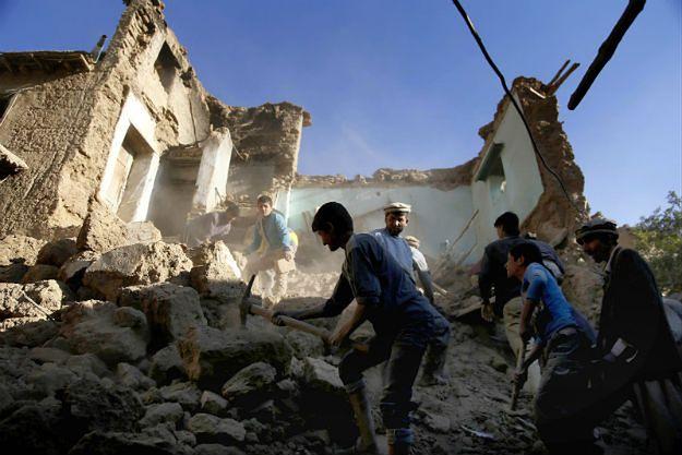 UNICEF: połowa poszkodowanych w trzęsieniu ziemi w Afganistanie to dzieci