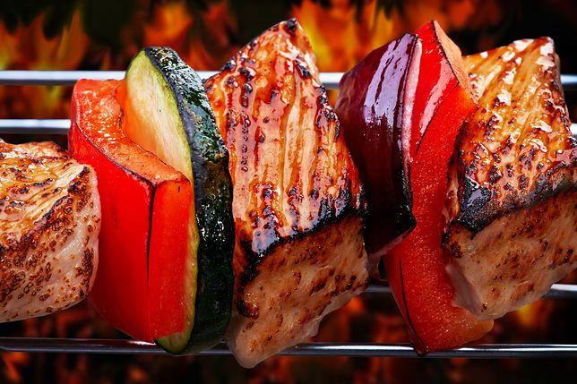 Możesz nie tylko grillować, ale piec, smażyć, a nawet gotować