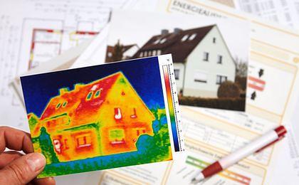 Budowa domu ekologicznego. Wiedza Polaków cały czas niewielka
