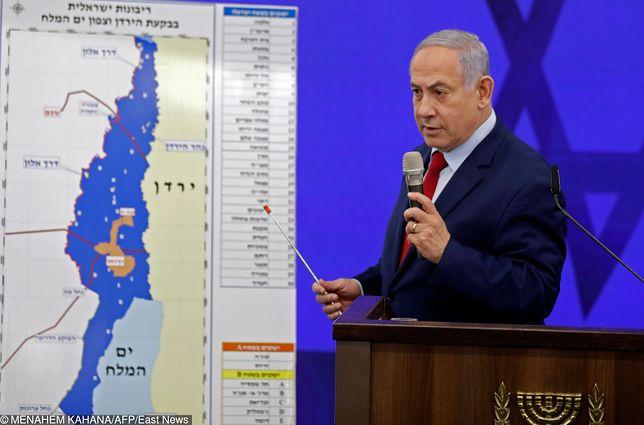 Izrael. Benjamin Netanjahu prezentuje mapę aneksji