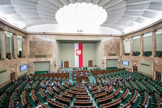 Najnowszy sondaż TNS Polska. Sejm bez lewicy i PSL