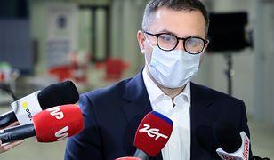 Koronawirus w Polsce. W poniedziałek dostawa ponad 700 tys. dawek szczepionek