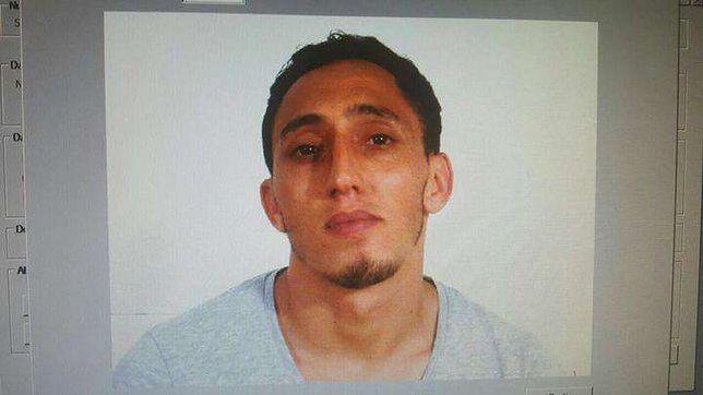 Driss Oukabir, podejrzany o przeprowadzenie zamachu w Barcelonie.