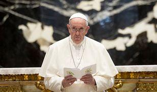 Papież Franciszek w szpitalu. Wiemy, kto przy nim czuwa