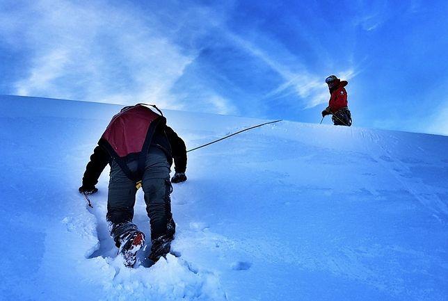 TOPR: Turystka przeleciała 400 metrów. Spadła z Koziego Wierchu, jest ciężko ranna