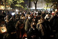 Protesty w Warszawie. Potrącił samochodem demonstrantki. Media: to funkcjonariusz ABW