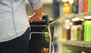 Apel, by nie ograniczać w niedziele czasu pracy sklepów