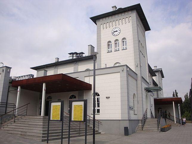 W 2011 r. rozpoczął się generalny remont dworca w Kutnie