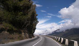 Jak poruszać się autem po drogach Europy?