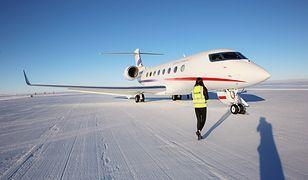 Pierwszy lot na Antarktydę Chińczycy mają już za sobą. Podróż liniami Deer Jet zajęła w sumie kilkadziesiąt godzin i konieczne było m.in. międzylądowanie w Kapsztadzie
