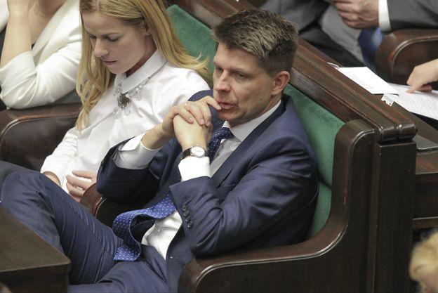"""Polityczne reakcje po liście Ryszarda Petru do Jarosława Kaczyńskiego. """"Ultimatum"""", """"nadrabia to, co stracił"""""""