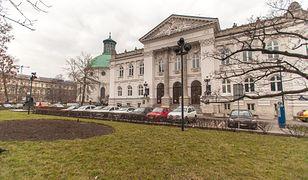 Plac Małachowskiego: rekordowa liczba prac w konkursie na modernizację!