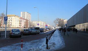 Żywopłoty zamiast ulicznych słupków? Konsultacje społeczne na Ochocie