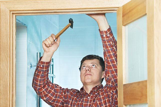 Wykańczanie wnętrz. Co najpierw - montaż drzwi czy podłogi?