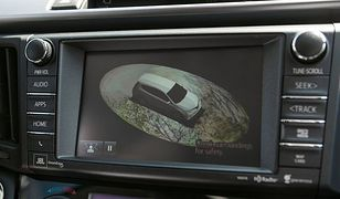 Toyota zainwestuje 50 mln dolarów w badania nad sztuczną inteligencją wspierającą kierowców