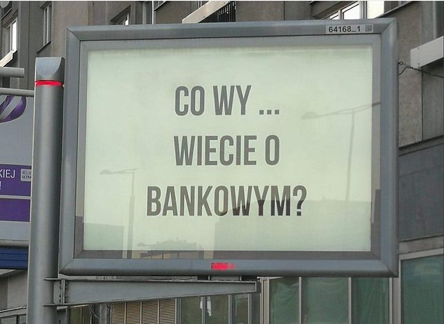 Tajemniczy billboard w Warszawie