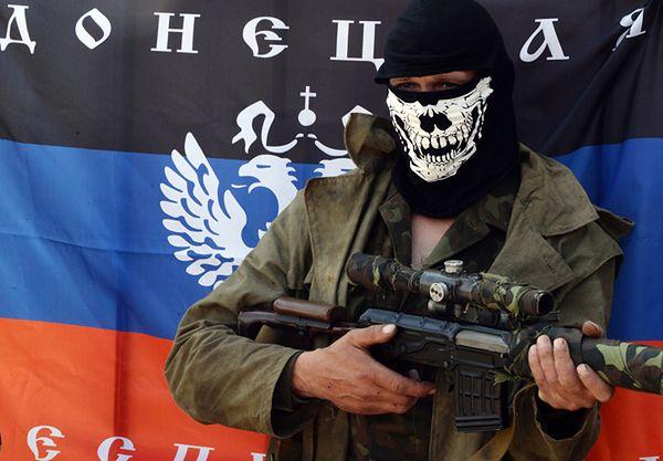 Prorosyjski bojówkarz w Słowiańsku
