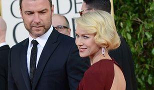 Naomi Watts nierozpoznawalną żoną swojego męża