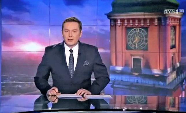 """Michał Adamczyk prezenter """"Wiadomości"""" TVP"""