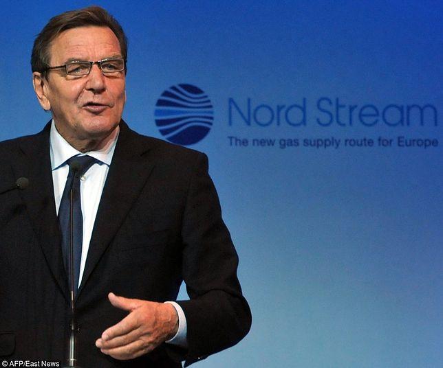 """Gerhard Schroeder chce dobrych relacji z """"wielkim sąsiadem"""": Rosją"""
