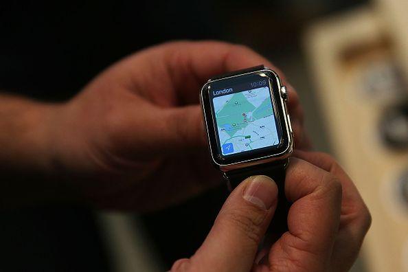 """Apple Watch: Funkcja """"Hard Fall"""" po raz kolejny uratowała życie"""