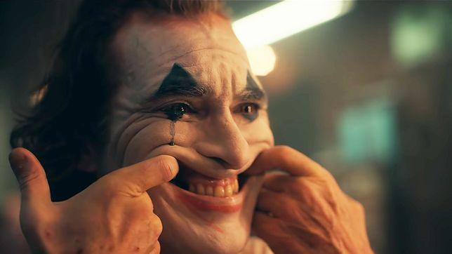 """Joaquin Phoenix zagrał tytułową rolę w filmie """"Joker"""". Polska premiera 4.10"""