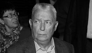 Wojciech Młynarski. Odwiedziliśmy grób artysty na Starych Powązkach w Warszawie