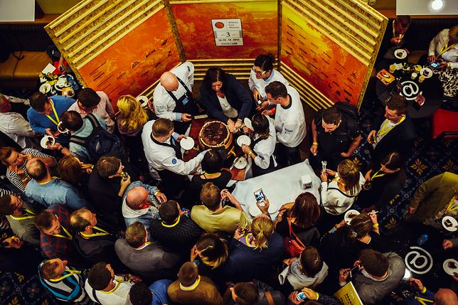 Organizatorzy szacują, że w festiwalu weźmie udział blisko 80 wystawców, oferujących ponad 500 gatunków whisky.