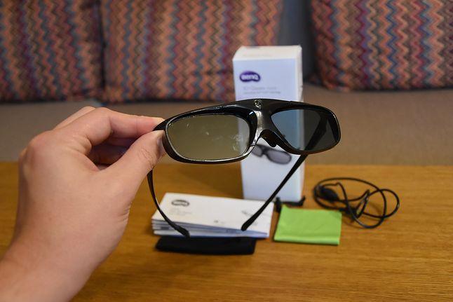 Okulary lubią się palcować