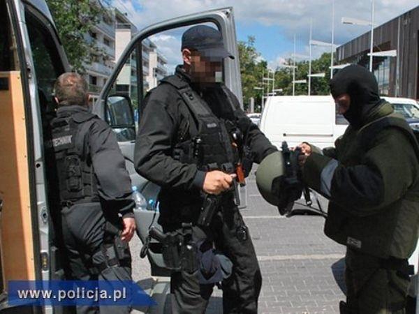 Fałszywy alarm bombowy na Bielanach w Warszawie