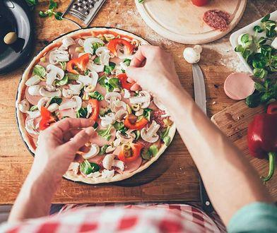 Jak przygotować w domu doskonałą pizze?