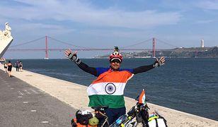 Abhishek Kumar Sharma chciał podróżować, więc po prostu wsiadł na rower i ruszył w drogę