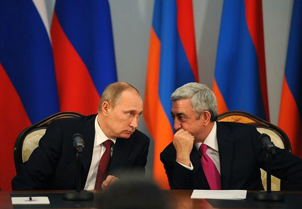 Władimir Putin i prezydent Armenii Serż Sarkisjan