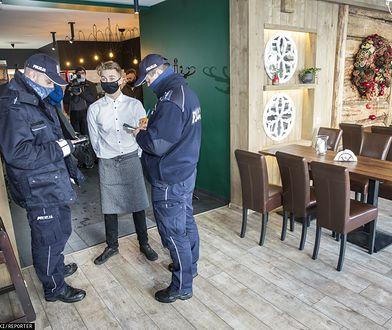 OtwieraMy. Goście restauracji otwartych wbrew prawu też mogą dostać mandat