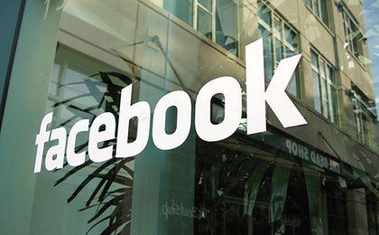 Facebook wyśle drony z internetem do miejsc odciętych od świata