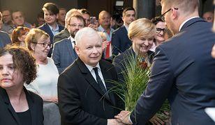 PiS prowadzi w sondażach przed wyborami do Europarlamentu
