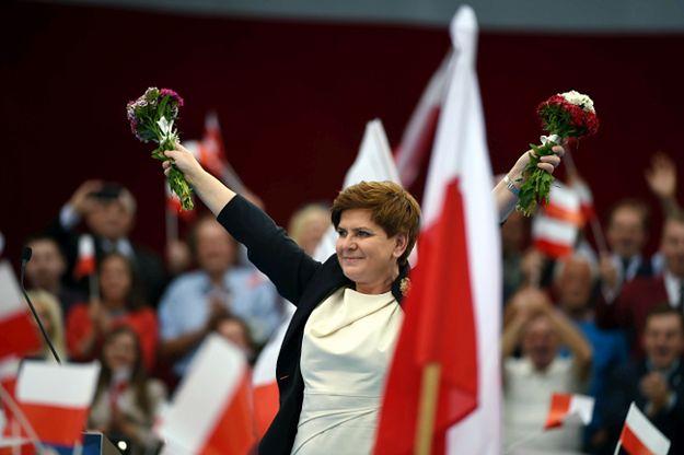 Dodatkowe pytania w referendum zaproponowała Beata Szydło
