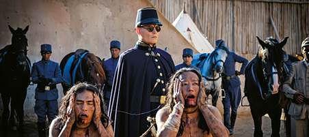 """Johnny Depp w """"Czekając na barbarzyńców"""""""