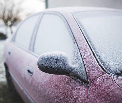 W samochodzie zimą można nieźle zmarznąć