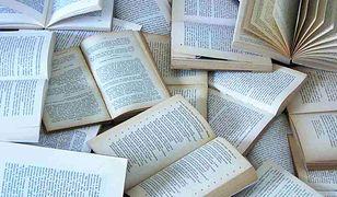 """Akcja """"Podziel się książką"""" w Białymstoku"""