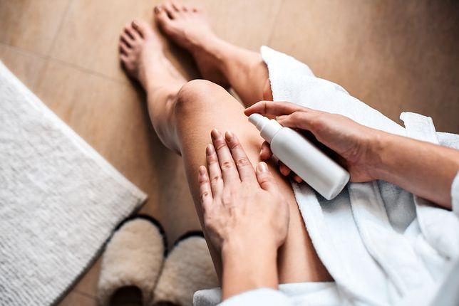 Przed zastosowaniem bańki antycellulitowej konieczne jest natłuszczenie skóry.
