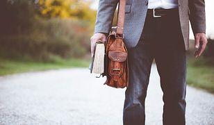 Jaka torba na ramię. Klasyczny szyk i elegancja to podstawa