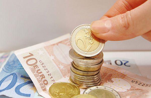 Niemcy są za pozostaniem Grecji w strefie euro