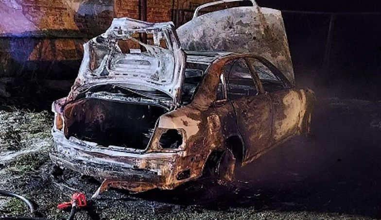 Wielkopolskie. Spłonął samochód. Przerażające, co znaleźli w środku