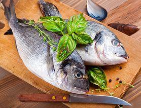 Najzdrowszy sposób na przyrządzanie ryb. Smażenie, wędzenie czy gotowanie?