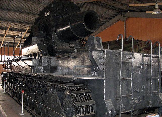 Moździerz Karl w Muzeum Czołgów w Kubince pod Moskwą