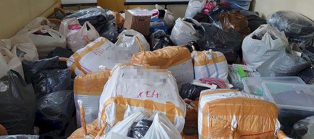 Tysiące sztuk podrabianych ubrań wpadło w ręce policji